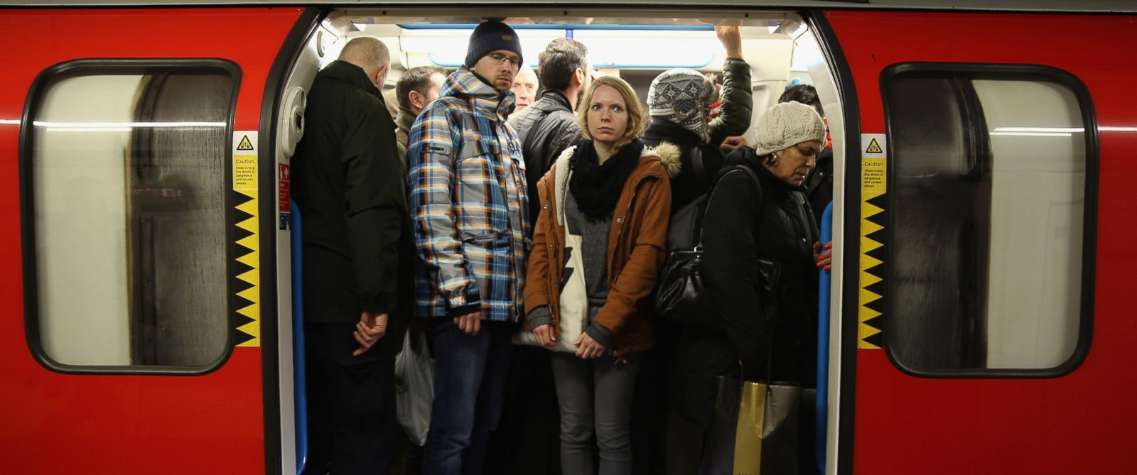 PHOTO: Across the country, rail companies acknowledge that most Americans avoid sitting in the middle seat on a train.