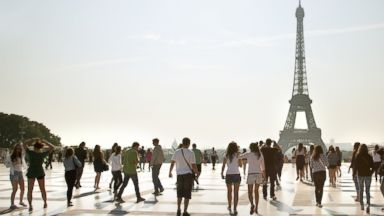 PHOTO: Prices on vacations to Paris -- and many other European cities -- are cheaper this summer than last.