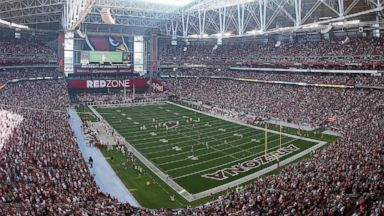 PHOTO: General view of action between the University of Phoenix Stadium, Dec. 29, 2013, in Glendale, Arizona.
