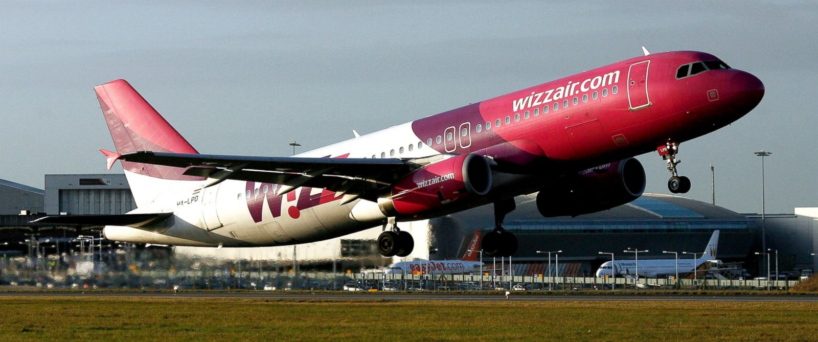 PHOTO: A Wizz Air jet takes off from the runway at Luton airport near Luton, U.K., Dec. 1, 2009.