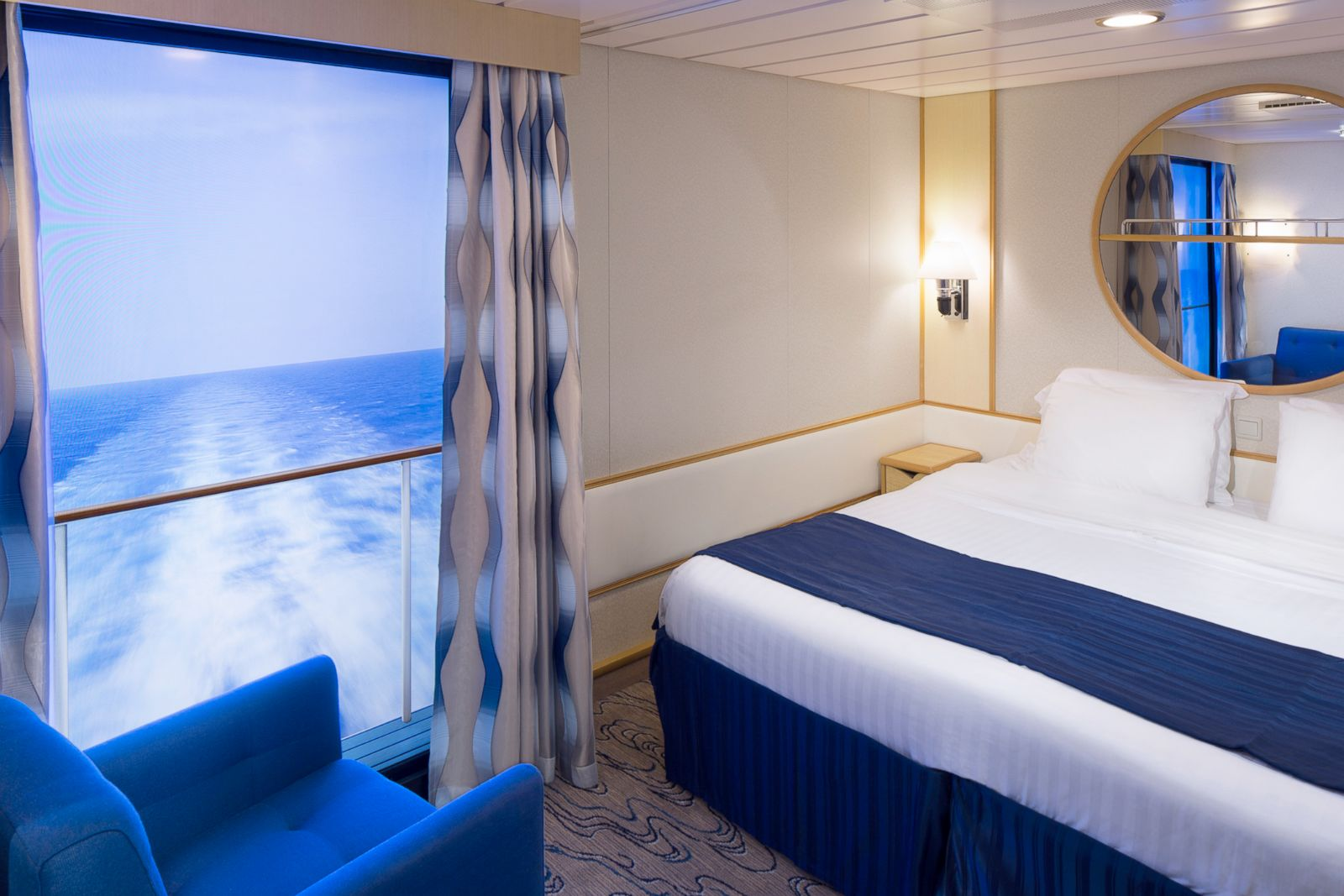 Internet celebrity reflection staterooms