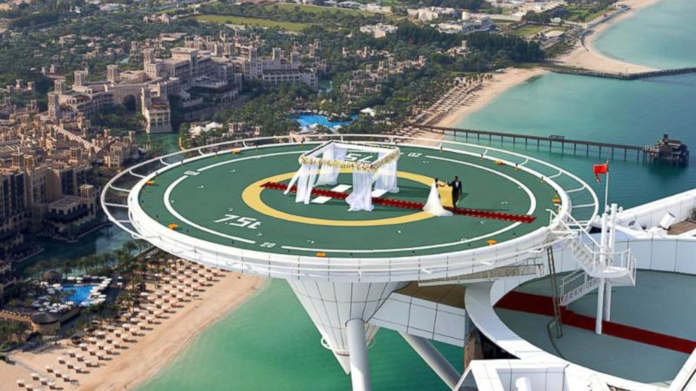 Helipad wedding on offer at famous dubai hotel abc news for Hotel de dubai