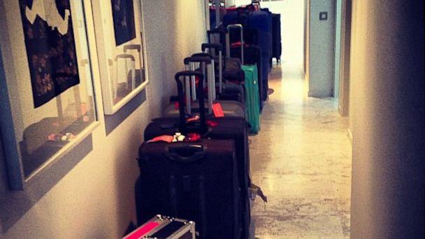 HT paris hilton 1 nt 130801 16x9 608 Paris Hilton Takes Overpacking to Extreme