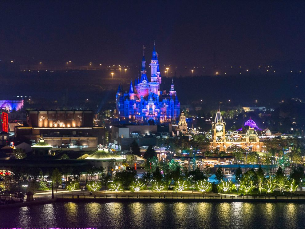 PHOTO: Shanghai Disney Resort