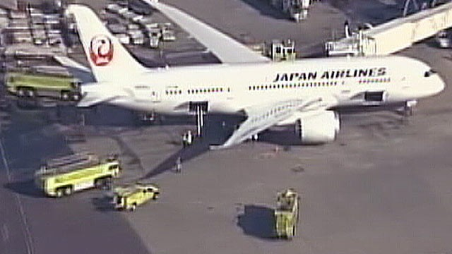 PHOTO: A fire broke out on an empty Boeing 787 Dreamliner jet in Boston's Logan Airport following a non-stop flight from Tokyo.