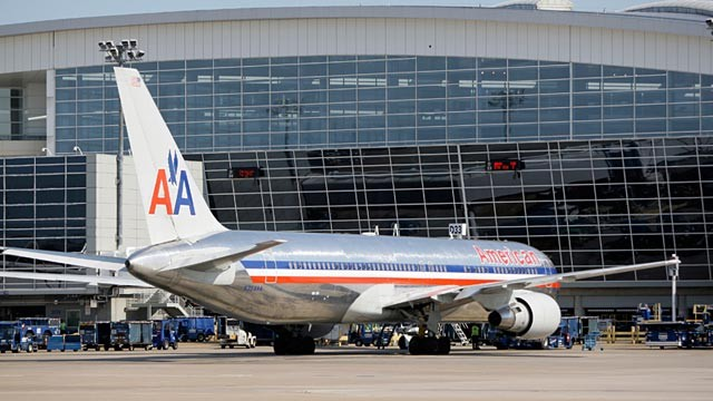 PHOTO: American Airlines jet at Dallas-Fort Worth Airport's Terminal D
