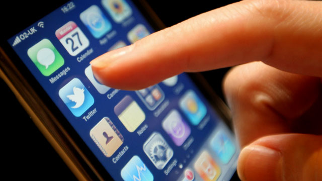mobile travel top 11 must have travel apps abc news