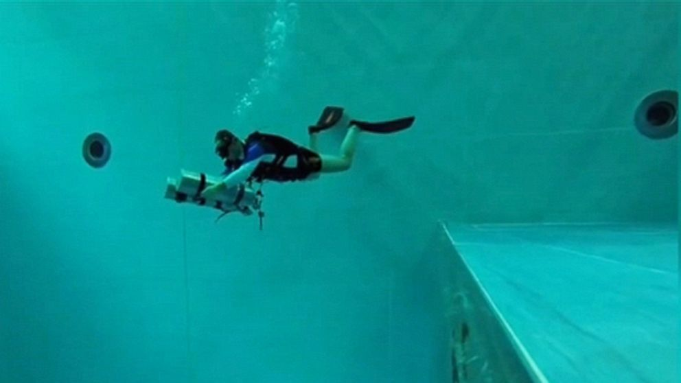 Take a plunge in the world 39 s deepest indoor pool video abc news for Deepest indoor swimming pool in the world