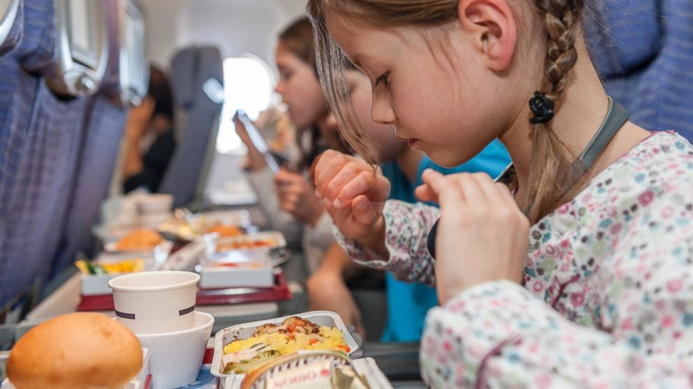 PHOTO: DietDetective.com has issued its 2013 Airline Food Survey.