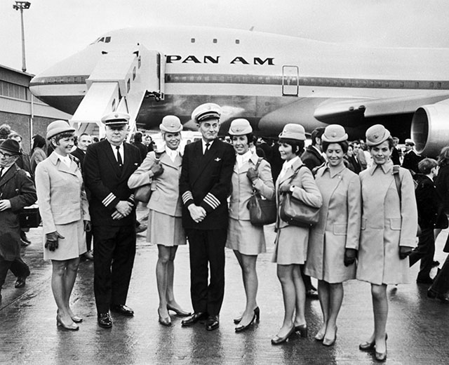 gty 1970 panam flight attendants lpl 130807 wblog 13 Fantastic Flashback Flight Attendant Fashions