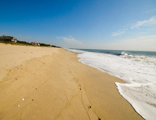 'Dr. Beach' Picks the Top 10 Beaches of 2013