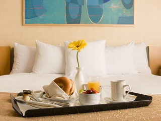 Cheapest Cities for Room Service