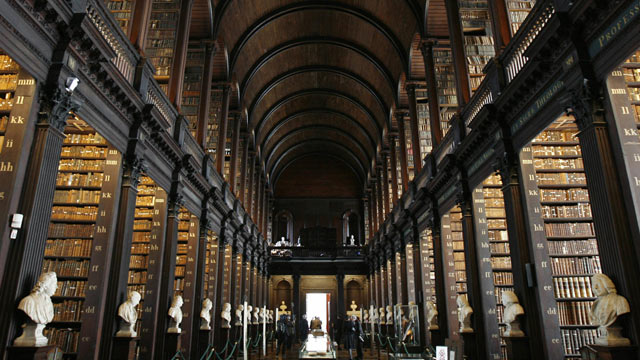 PHOTO: This October 9, 2009 image shows the library of the Trinity College in Dublin, Ireland during Belgium's King Albert and Queen Paola's official state visit to Ireland.
