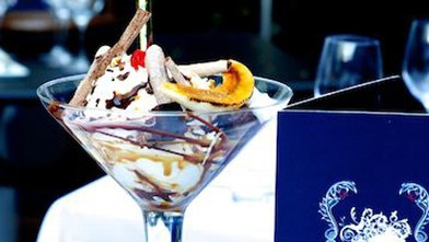 PHOTO: This sundae (available at Bagatelle LA and New York) features bruleed bananas, salty peanut caramel, vanilla marshmallows, fudge brownies, chocolate meringue and sauce, all atop a whopping four scoops of Neapolitan ice cream.