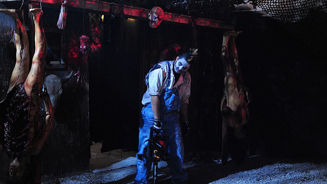 PHOTO: Hard Rock's exclusive nightspot Body English is re-inventing itself into a cavernous dungeon where the VIP booths look like blood-spattered cells and the gorgeous crowds have been replaced by ghouls and Texas Chainsaw tableaux. If you've got teenag