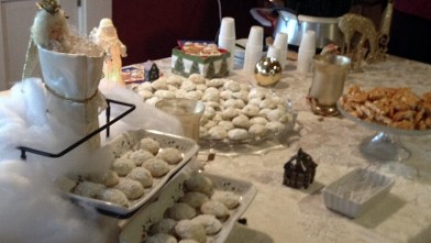 PHOTO: The annual Holiday Cookie & Candy Tour hosted by Country Inns of the White Mountains brings hundreds of spirited-and hungry-holidaymakers to quaint northern New Hampshire.