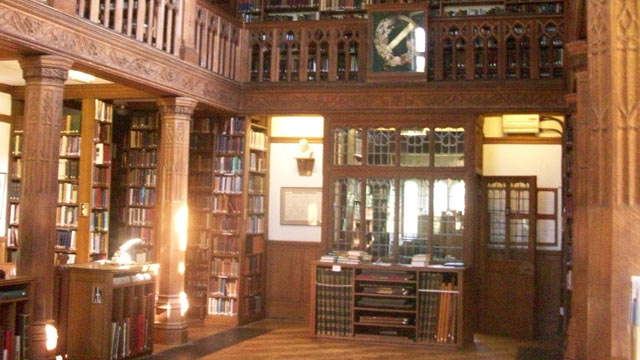 PHOTO:  <p> London's Gladstone's hotel library offers a haven without distraction.
