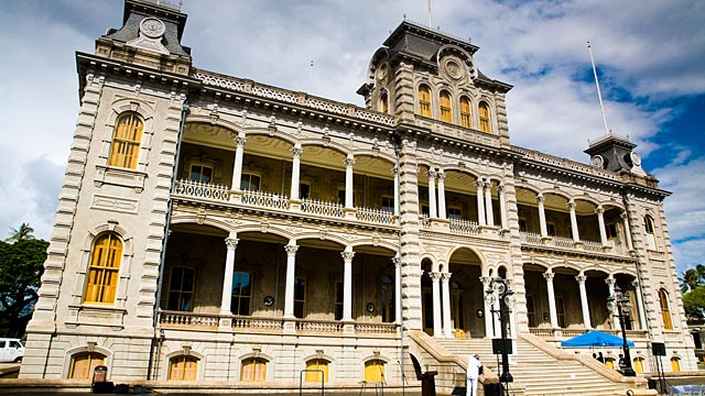 PHOTO: Iolani Palace