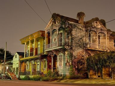 Photos: Nighttime in NOLA is Hauntingly Beautiful