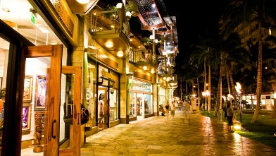 PHOTO: Waikiki Beach Walk on Oahu, Hawaii.