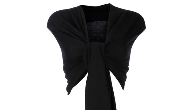 PHOTO: A versatile black pashmina