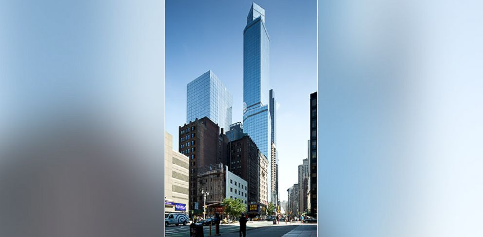 PHOTO: The tallest hotel in the U.S., a duel-branded Marriott hotel, officially opened Jan. 7, 2014.