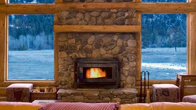PHOTO: Triple Creek Ranch Fireplace