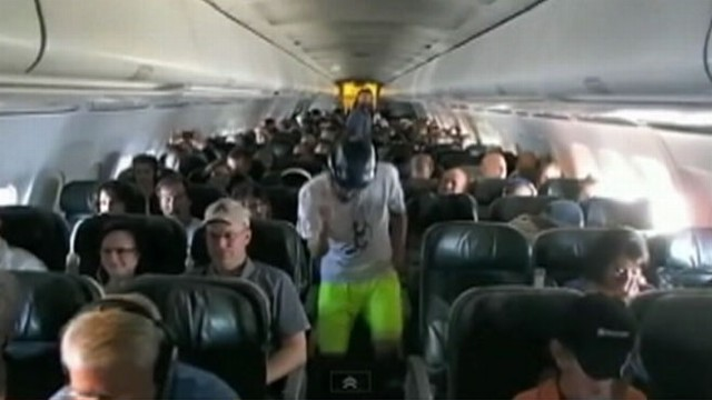 VIDEO: Colorado College Ultimate Frisbee team performed dance during Frontier Airlines flight.