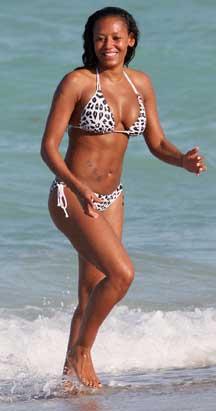 Stars Show Off Beach Bods