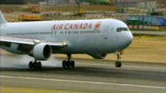 VIDEO: Air Canada pilot forced a sudden dive of the aircraft during the transatlantic flight.