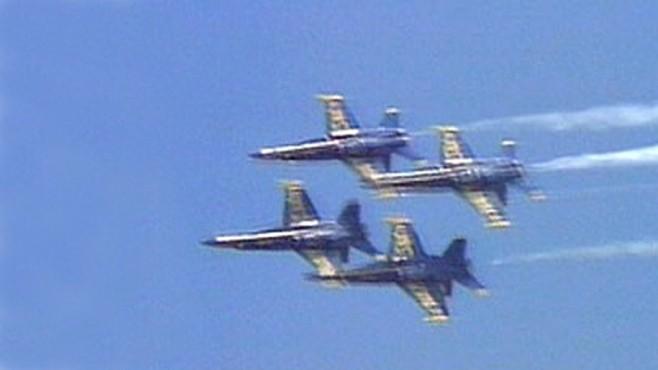 VIDEO: A Navy Blue Angel jet crashed at a South Carolina air show, killing the pilot.