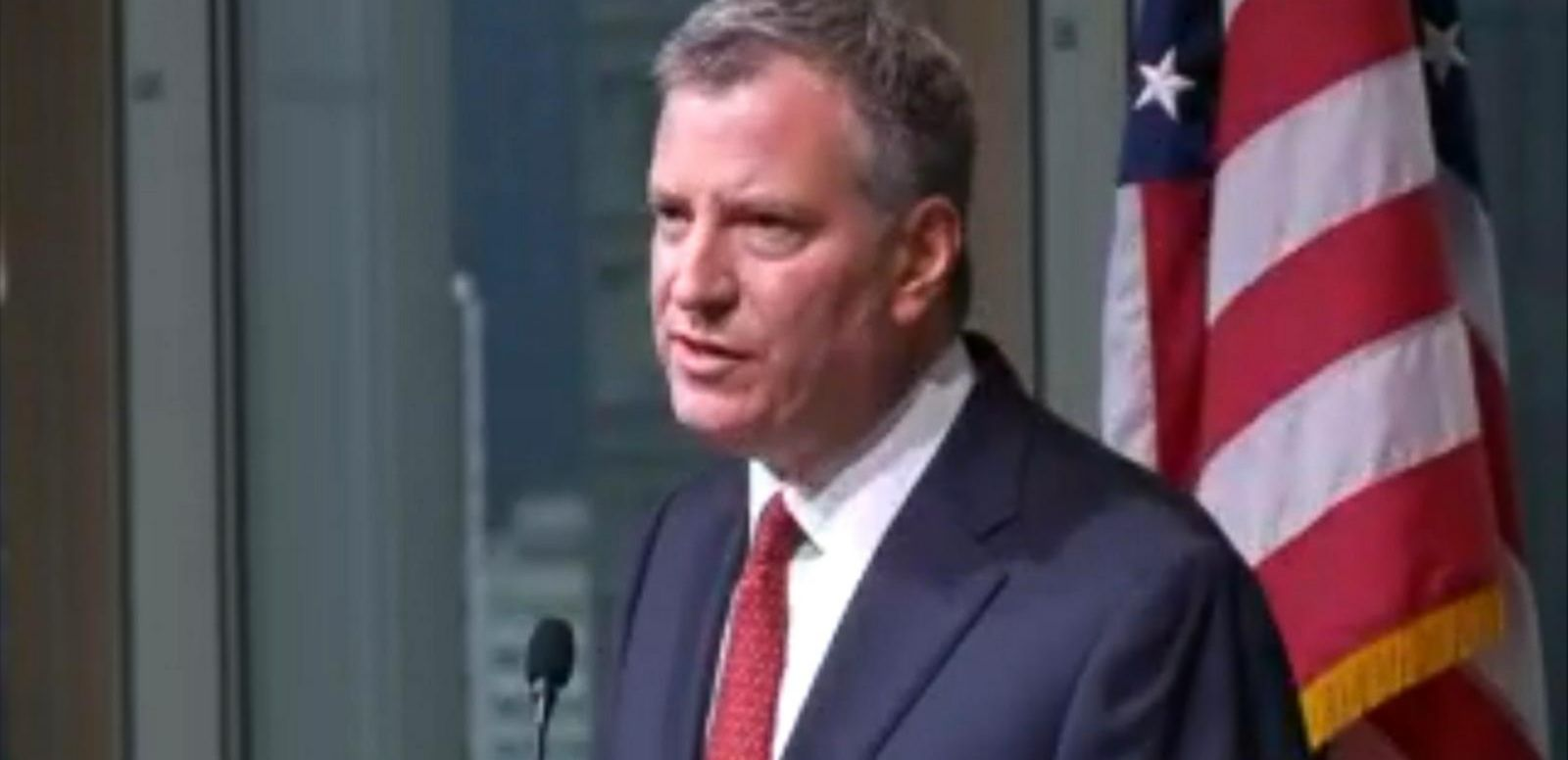 VIDEO: Mayor Bill de Blasio comments on the deaths of Officers Rafael Ramos and Wenjian Liu.