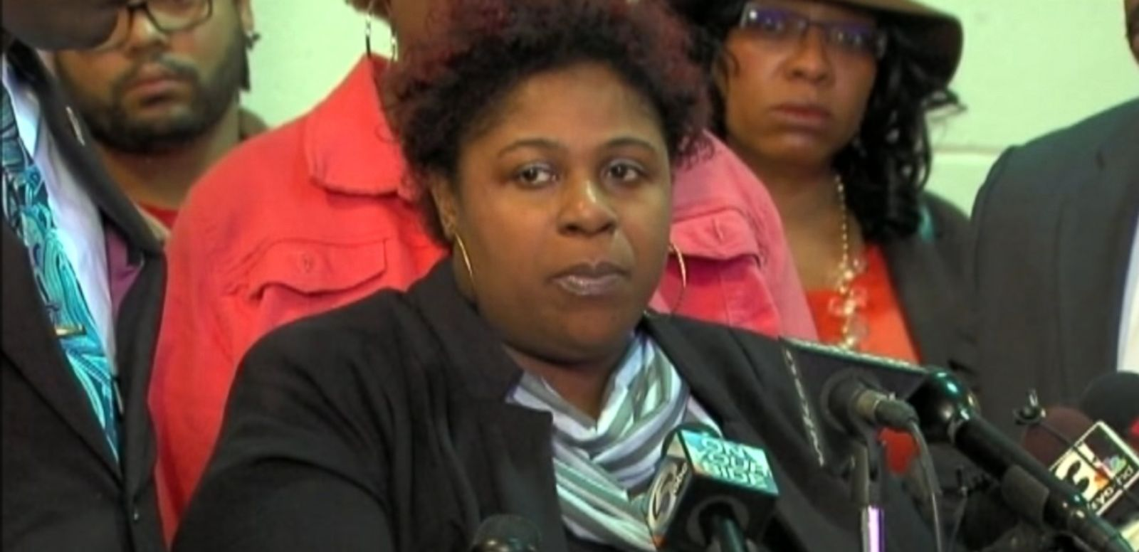 VIDEO: Samaria Rice say she hasn't received an apology from the city of Cleveland for the shooting death of her son.