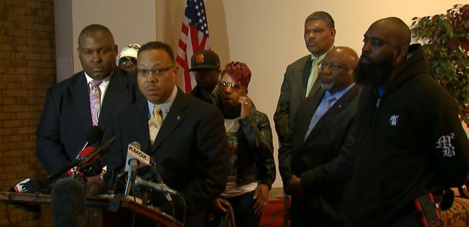 VIDEO: Michael Brown's family to file wrongful death suit against former Officer Darren Wilson.