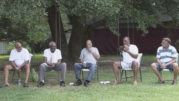 'VIDEO: Neighbors Band Together Post-Katrina' from the web at 'http://a.abcnews.com/images/US/150826_vod_orig_turkeycreek_16x9t_608.jpg'