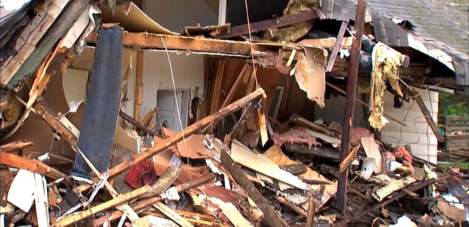 Communities across the country are picking up the pieces after severe weather destroyed thousands of homes and killed nearly two dozen people.