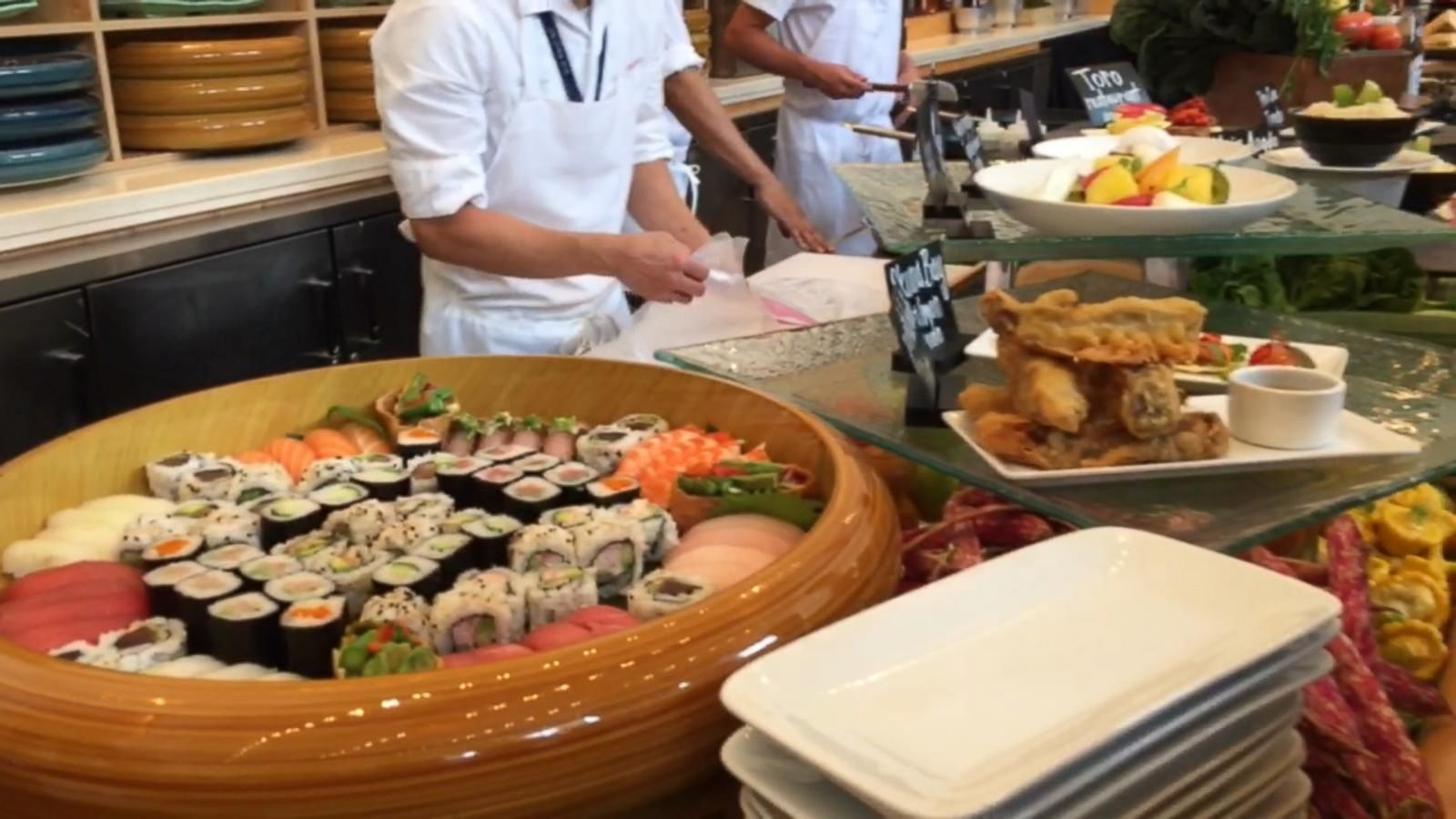 VIDEO: Taste Testing Food Available at the U.S. Open