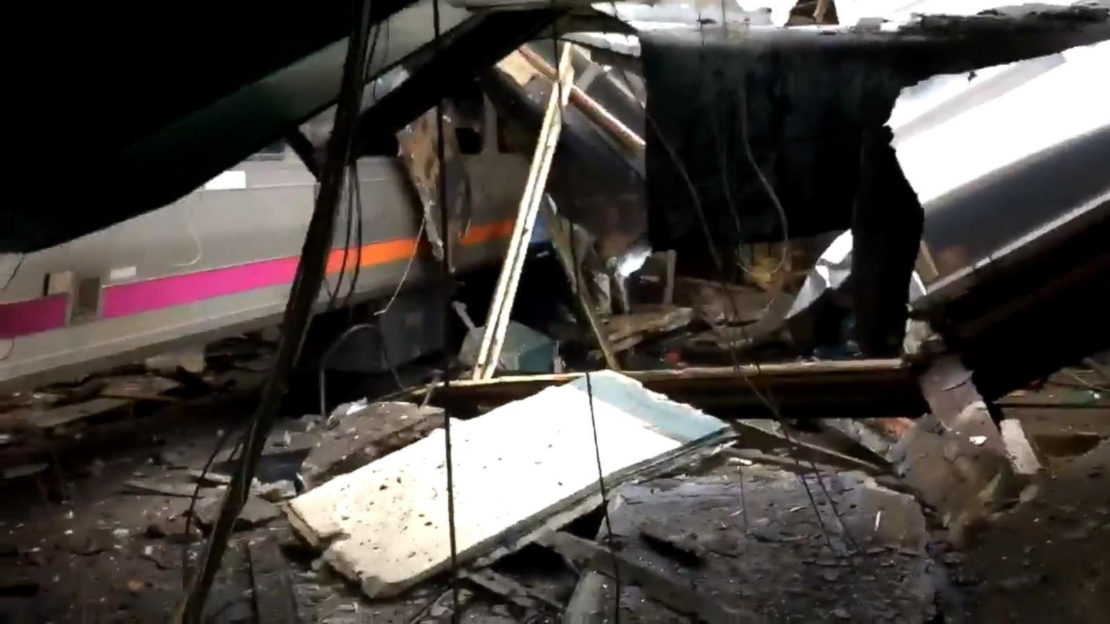 VIDEO: 1 Dead, Dozens Injured in NJ Train Crash