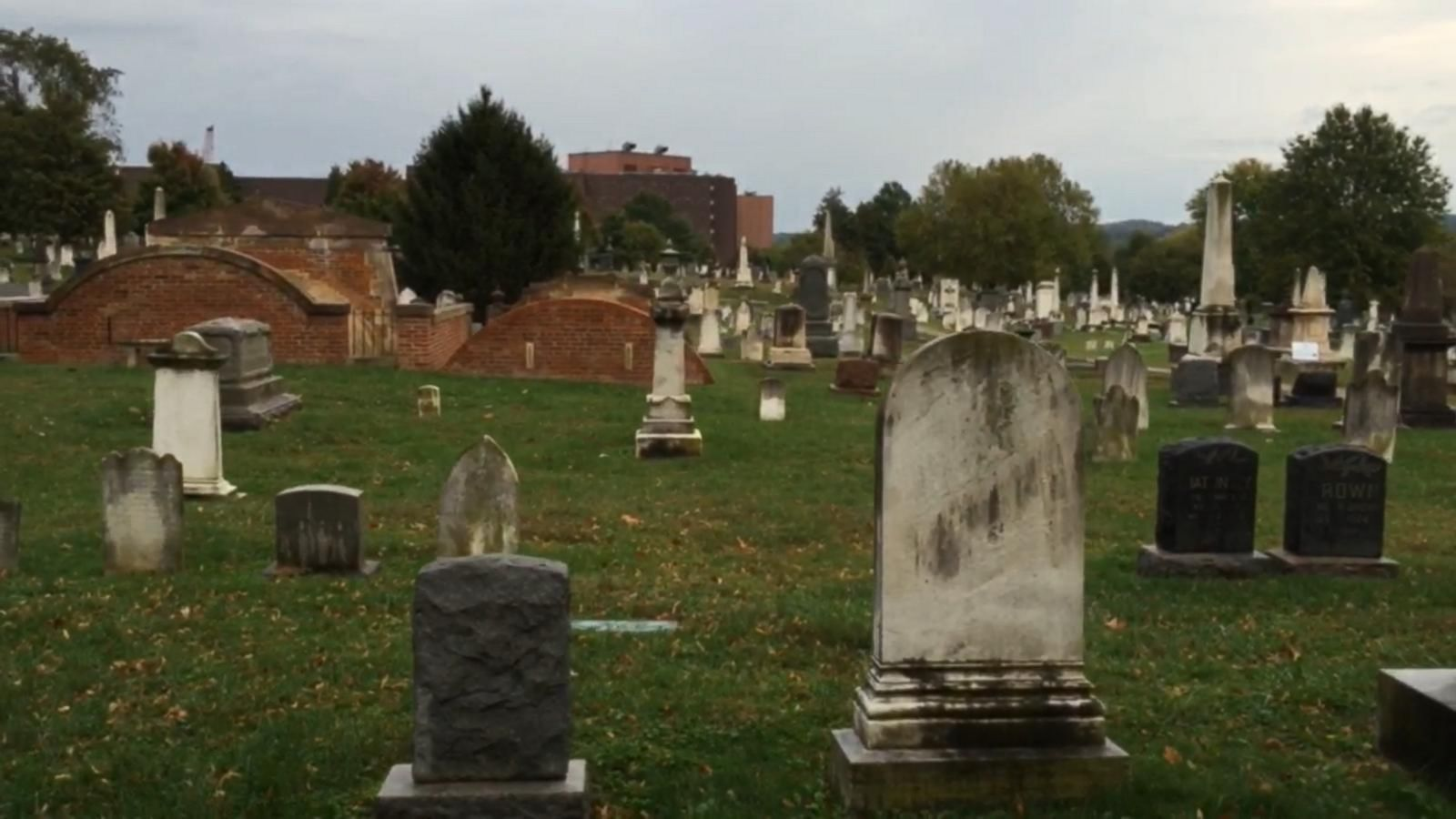 VIDEO: Famous Gravesites in the Congressional Cemetery