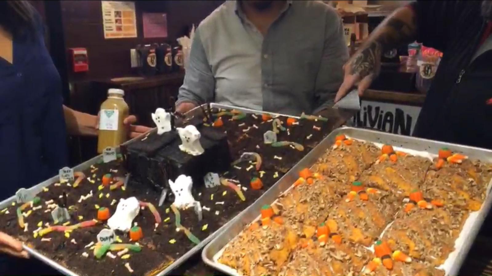 VIDEO: Trick-Or-Treating is Not Just For Kids at Turnstyle Underground Market