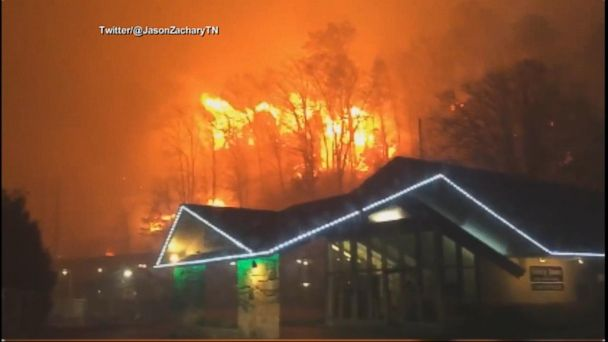 Tennessee Wildfires Burn 100 Homes, Force Thousands to Flee