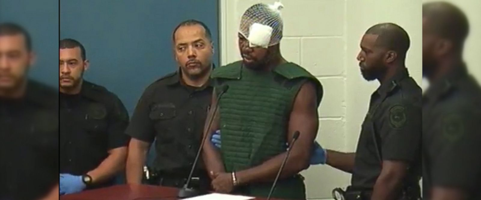 VIDEO: Markeith Loyd, who was wanted for allegedly killing Master Sgt. Debra Clayton of the Orlando Police Department as well as his pregnant ex-girlfriend Sade Dixon, said today he wants to defend himself in the murder case of Dixon.