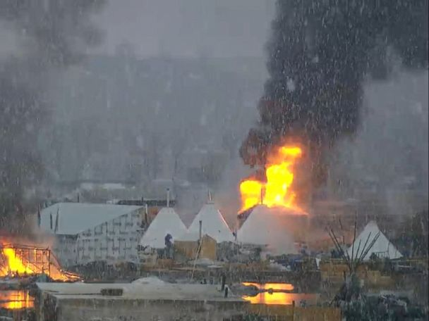 WATCH:  DAPL protesters burn camps as deadline to vacate approaches