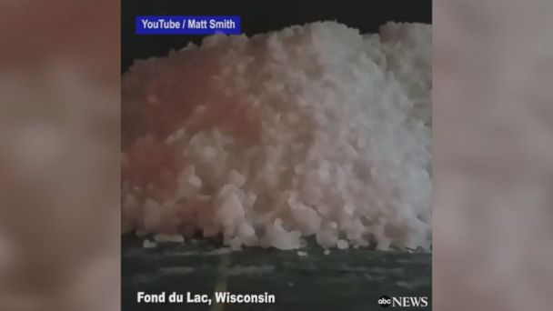 Incredible footage of ice shoves spilling over the shore of Lake Winnebago and partially blocking the road in Wisconsin. An ice shove is a surge of ice from an ocean or large lake onto the shore, caused by ocean currents.