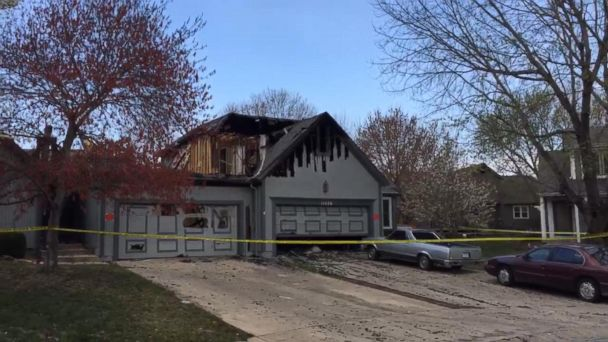 VIDEO: Investigation continues after 8-alarm fire destroys multiple homes in Kansas