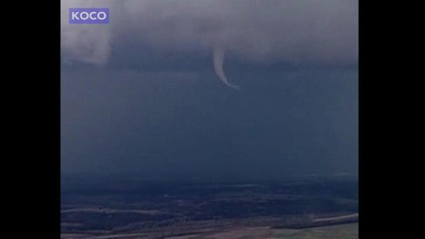 VIDEO: Narrow twister spotted in sky above Stratford, Oklahoma