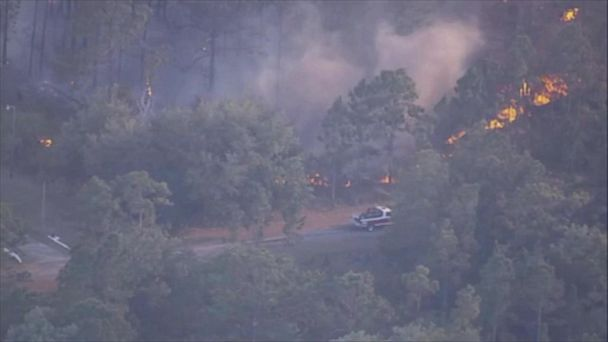 VIDEO: Wildfire forces evacuation of at least 800 homes in central Florida