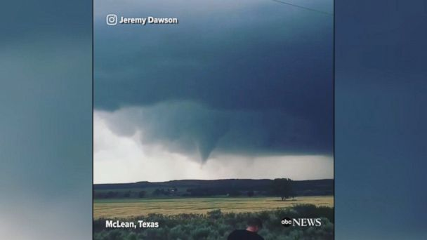 Timelapse footage shows a funnel cloud forming into a tornado in McLean, Texas.