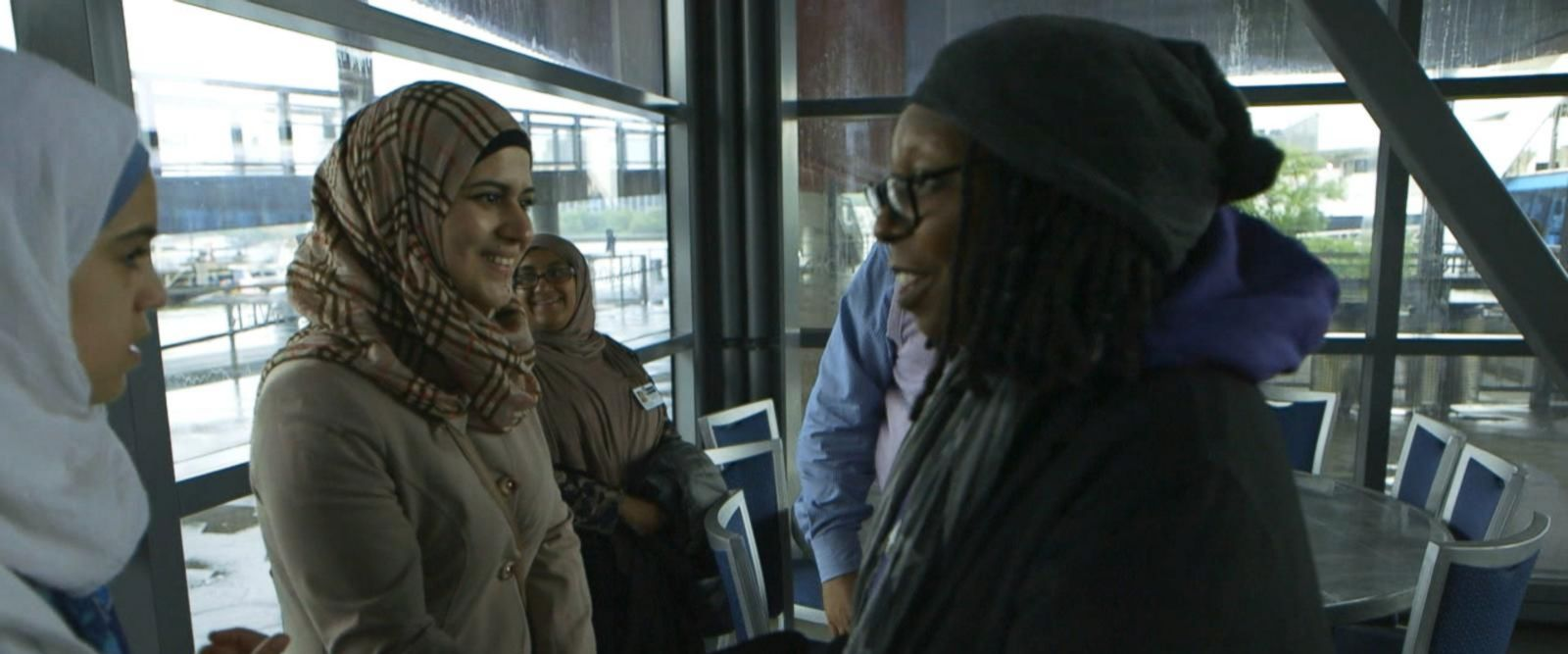 VIDEO: Whoopi Goldberg gives Syrian refugee family a tour of New York