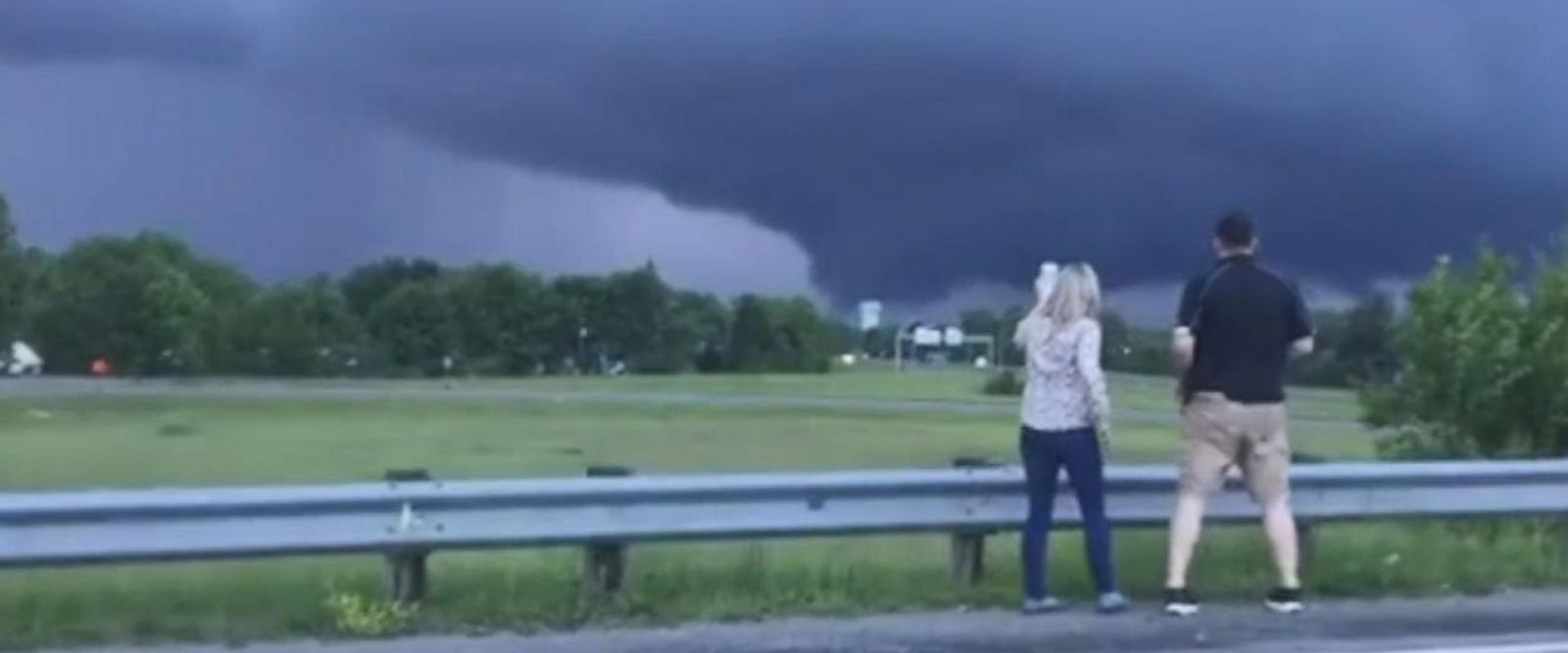 VIDEO: Motorists pull over for better look at massive funnel cloud